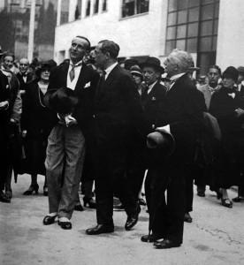 Inauguration de la rue Mallet-Stevens en 1927.